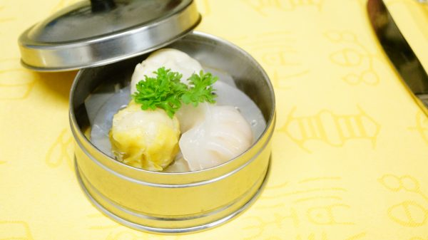 Steamed dumplings with shrimps (Ha Kau)